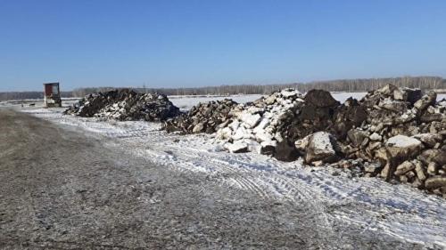 Отходы куриной жизнедеятельности. Жители Сосновского района не первый раз жалуются на запах помёта в воздухе